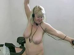 Sexy granny, Sexy grannies, Sexi love, Solo granny, Solo grannies, Solo dancing